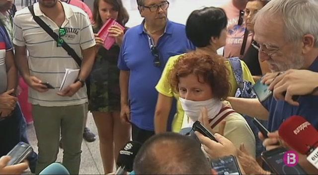 Arriben+a+Espanya+6+dels+9+ferits+a+l%27accident+d%27autocar+a+l%27%C3%8Dndia