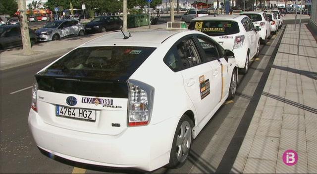 Un+taxista+%C3%A9s+apunyalat+en+una+de+les+carreres+a+Son+Banya