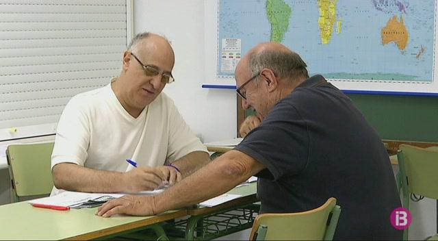 Els+idiomes%2C+les+opcions+m%C3%A9s+demandades+a+les+escoles+d%27adults+de+Menorca