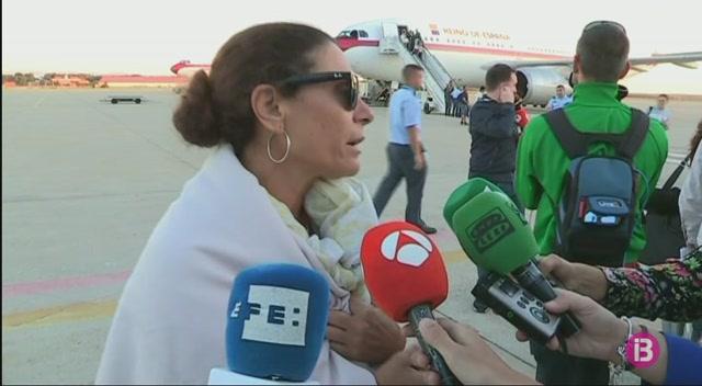 Arriben+a+Madrid+una+trentena+d%27espanyols+evacuats+per+l%27Irma
