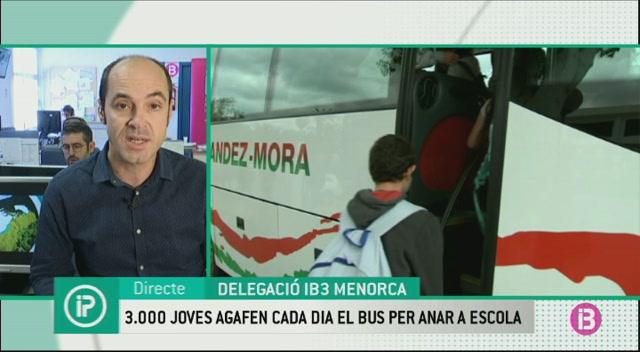M%C3%A9s+de+3.000+estudiants+empren+el+bus+regular+a+Menorca+per+anar+a+classe