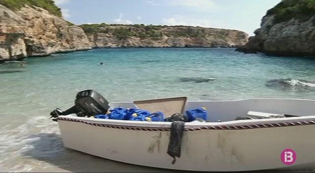 Interceptats+altres+tres+immigrants+de+la+pastera+que+arrib%C3%A0+dilluns+a+Mallorca