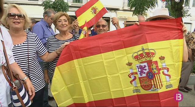 M%C3%A9s+de+150+persones+es+manifesten+a+Eivissa+per+%E2%80%9Cuna+Espanya+unida%E2%80%9D