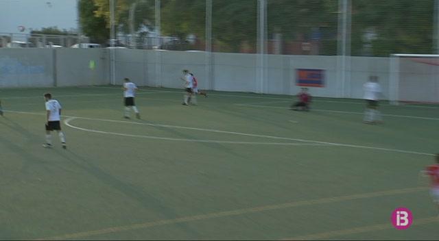 El+Mallorca+B+no+afluixa+i+segueix+l%C3%ADder+de+Tercera
