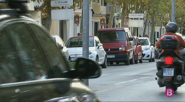 Ciutadella+t%C3%A9+dues+botigues+per+cada+100+habitants%2C+per%C3%B2+la+manca+d%27aparcaments+frena+l%27activitat+comercial
