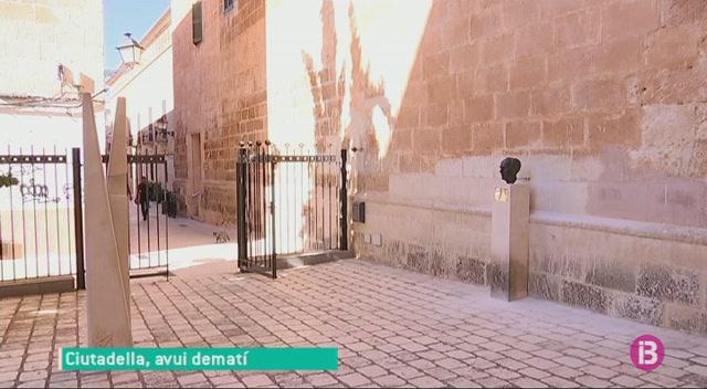 El+bust+de+Francesc+de+Borja+Moll+torna+a+Ciutadella