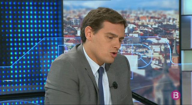Albert+Rivera+adverteix+que+la+reforma+constitucional+no+ha+de+servir+per+contentar+els+independentistes
