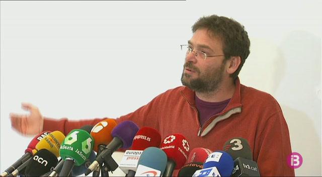 Dimiteix+el+l%C3%ADder+de+Podem+a+Catalunya