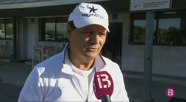 Toni+Nadal+encara+el+darrer+torneig+com+a+t%C3%A8cnic+de+Rafel