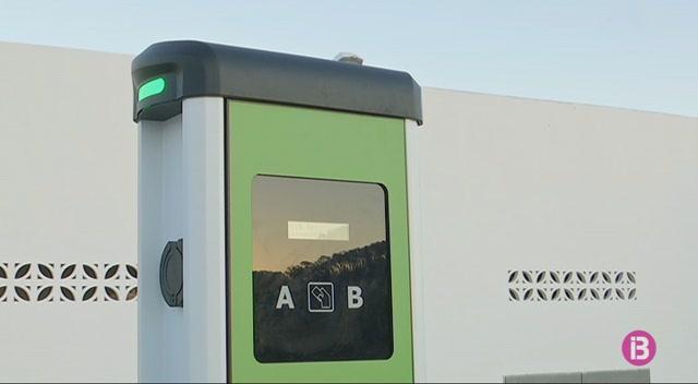 Sant+Antoni+disposa+de+5+punts+de+rec%C3%A0rrega+per+a+vehicles+el%C3%A8ctrics