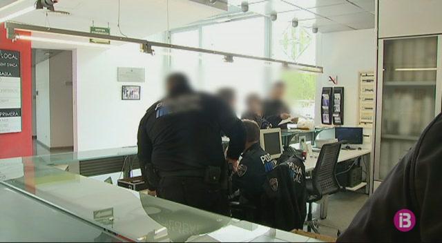 Sindicats+policials+denuncien+l%27estat+d%27abandonament+del+quarter+d%27Inca