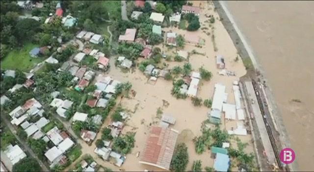 M%C3%A9s+de+230+v%C3%ADctimes+mortals+a+Filipines+per+mor+de+la+tempesta+Tembin