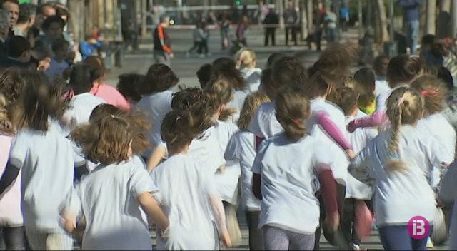 Petits+atletes+omplen+el+parc+de+les+Estacions+de+Palma