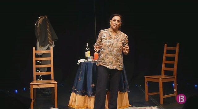 El+Teatre+de+Ciutadella+acull+el+mon%C3%B2leg+%26%238216%3BLa+sorpresa+del+rosc%C3%B3n%27%2C+interpretat+per+Asun+Planas