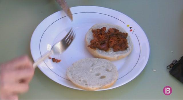 Menorca+ja+fa+olor+de+sobrassada+torrada+i+botifarr%C3%B3