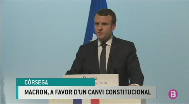 Macron%2C+favorable+a+recon%C3%A8ixer+C%C3%B2rsega+a+la+Constituci%C3%B3+per%C3%B2+no+la+seva+llengua