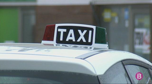 Quatre+idiomes+i+con%C3%A8ixer+camins+i+carrers+de+Formentera%2C+els+requisits+per+obtenir+un+perm%C3%ADs+de+taxi