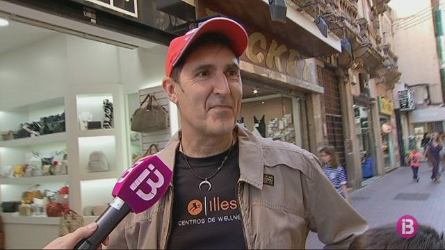 Una+cadena+internacional+crea+el+primer+caramel+dedicat+a+la+Seu+de+Mallorca