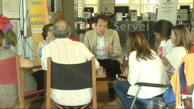 El+Govern+ha+oferit+un+pis+d%27emerg%C3%A8ncia+a+Ciutadella+per+a+la+parella+de+jubilats+tancats+al+Consell+de+Menorca
