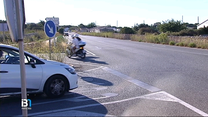 Accident+a+l%E2%80%99encreuament+de+la+carretera+d%E2%80%99Alcalfar+i+Punta+Prima%2C+a+Sant+Llu%C3%ADs