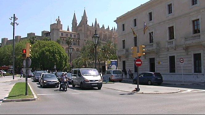 Aquest+dilluns+comencen+a+multar+per+voltar+pel+carrer+d%27Antoni+Maura