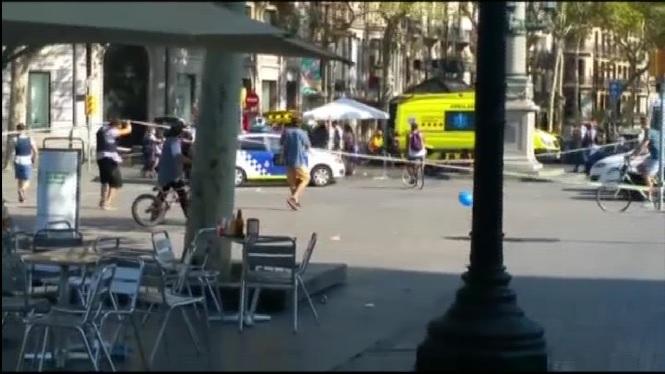 Sis+mesos+dels+atemptats+terroristes+a+Barcelona