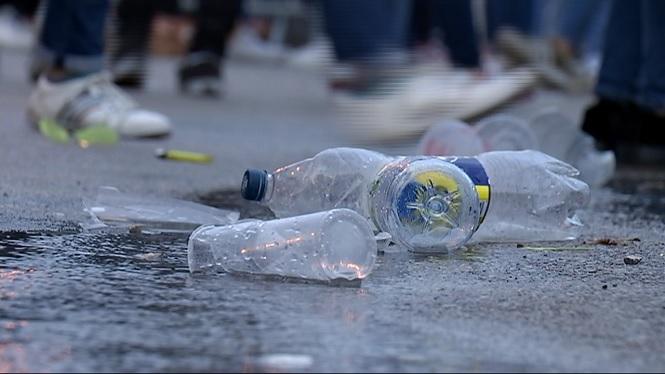La+futura+llei+espanyola+contra+l%27alcohol+en+menors+estableix+sancions+per+als+pares+dels+menors+que+beguin