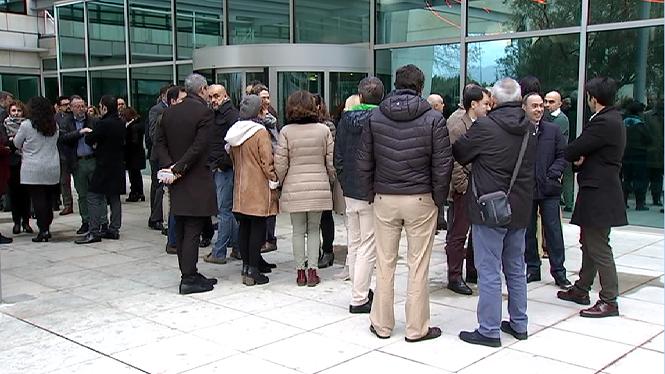 Els+treballadors+de+Bankia+i+BMN+comencen+les+aturades+contra+el+tancament+d%27oficines