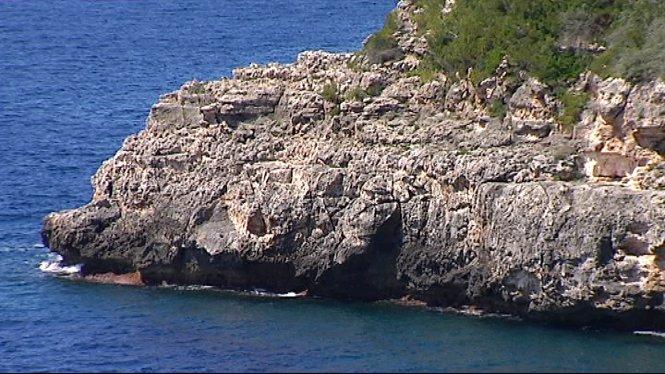 Els+Bombers+de+Mallorca+rescaten+el+cos+sense+vida+d%27un+home+de+75+anys+que+havia+anat+a+pescar+a+la+zona+de+Cala+Pi