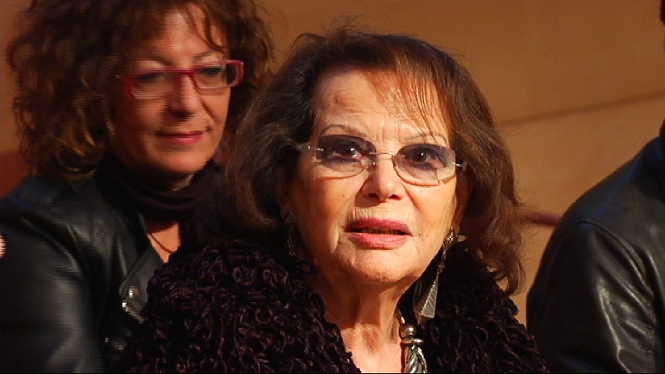 Claudia+Cardinale+a+la+cloenda+del+Films+Infest
