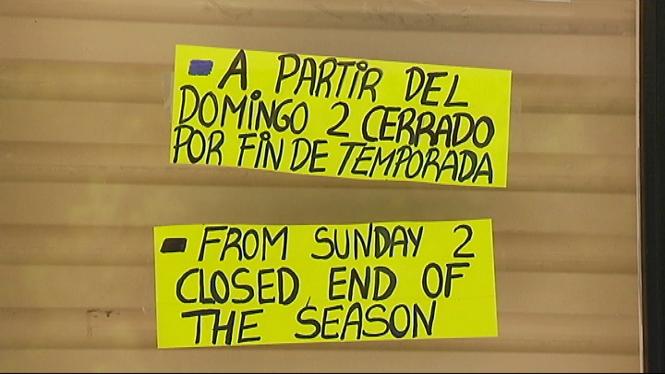 Els+turistes+troben+negocis+tancats+a+Menorca