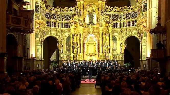 La+coral+de+la+UIB+celebra+40+anys+amb+un+concert+solidari