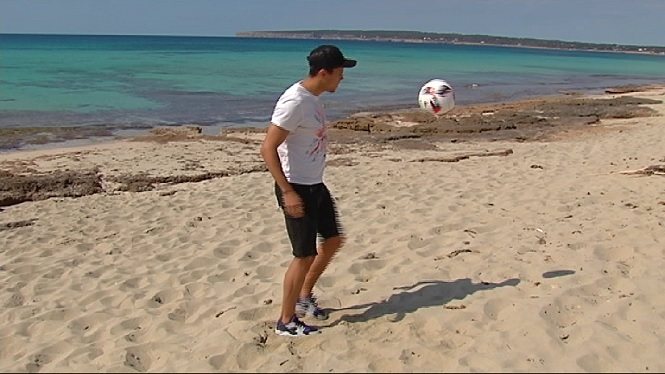 Dailos+Tejera+reviu+el+seu+gol+al+Poblense