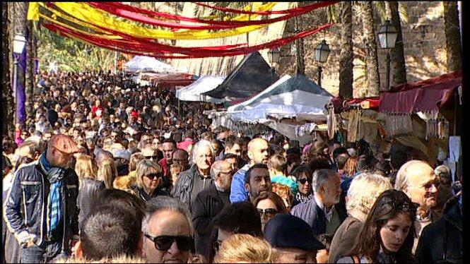 El+passeig+de+Sagrera+es+converteix+en+l%E2%80%99epicentre+de+la+festivitat+de+l%E2%80%991+de+mar%C3%A7+a+Mallorca