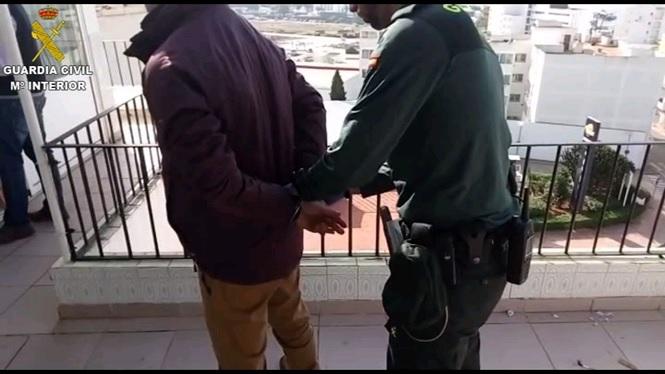 Onze+persones+detingudes+a+Eivissa+per+la+seva+presumpta+vinculaci%C3%B3+amb+la+venda+de+drogues