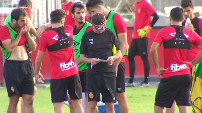 Fernando+V%C3%A1zquez+medita+jugar+amb+cinc+defenses+dissabte+a+Lugo