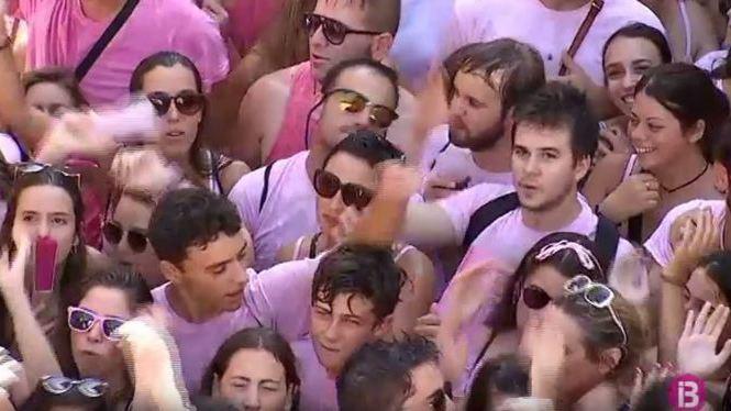 El+Much+tenyeix+Sineu+de+rosa