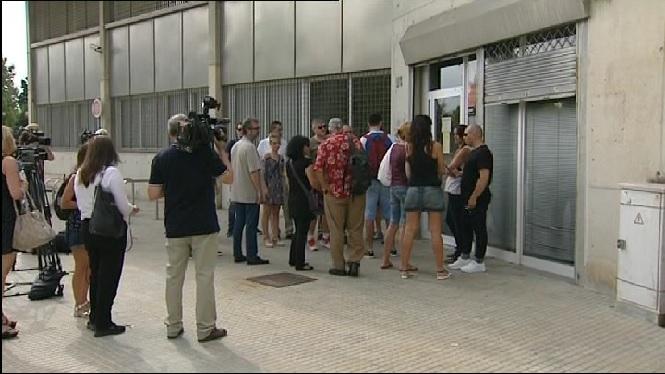 Els+treballadors+d%27Eulen+voten+si+faran+vaga+a+l%27aeroport+de+Barcelona