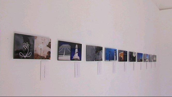 A+trav%C3%A9s+de+fotomuntatges%2C+l%27artista+Denis+Lajter+demostra+que+Manhattan+i+Formentera+tenen+moltes+semblances