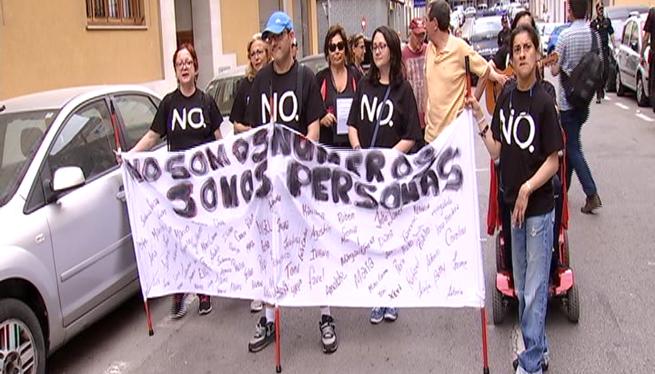 Protesta+dels+usuaris+del+centre+Joan+Cresp%C3%AD