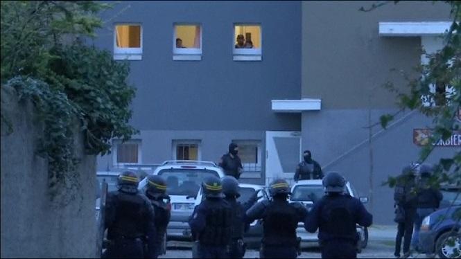 Dos+detinguts+en+relaci%C3%B3+a+l%27atac+terrorista+a+Fran%C3%A7a