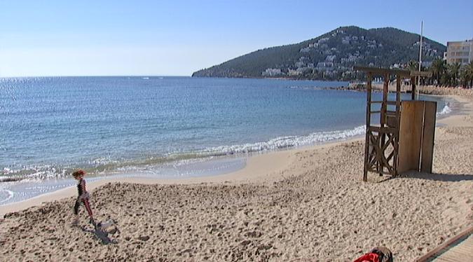 Menys+gandules+a+les+platges+de+Santa+Eul%C3%A0ria+aquesta+temporada