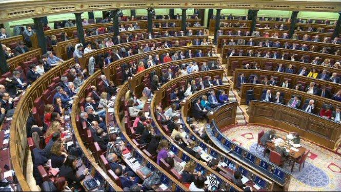 Mariano+Rajoy+reitera+que+mant%C3%A9+la+seva+candidatura+i+demana+dignitat+al+l%C3%ADder+del+Partit+Socialista