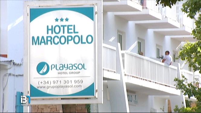 Un+turista+en+estat+greu+despr%C3%A9s+de+caure+de+la+balconada+d%E2%80%99un+segon+pis+d%E2%80%99un+hotel+de+Sant+Antoni