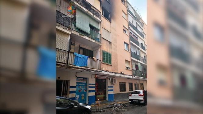 Incendi+en+un+edifici+del+barri+palmes%C3%A0+de+Son+Gotleu