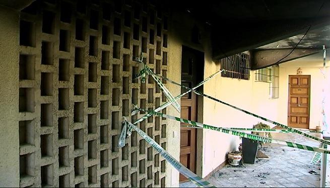 Un+indenci+en+un+apartament+de+Santa+Pon%C3%A7a+obliga+a+desallotjar+tot+el+bloc+pel+fum