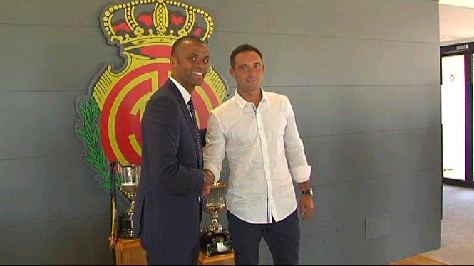 El+Mallorca+presenta+el+nou+director+esportiu%2C+Javi+Recio