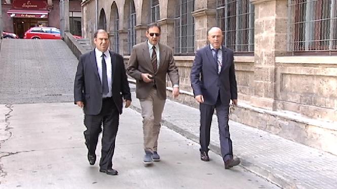 Passen+a+disposici%C3%B3+judicial+els+5+policies+locals+de+Palma+detenguts