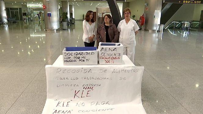 Les+netejadores+de+l%27Aeroport+de+Menorca+munten+una+parada+solid%C3%A0ria+per+rebre+ajudes