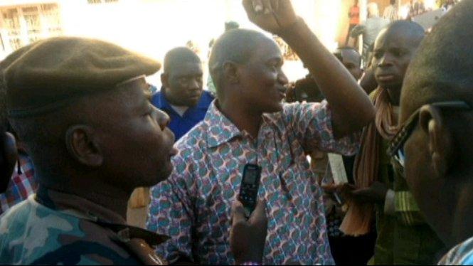 Homes+armats+han+assaltat+un+hotel+de+Mali+i+han+segrestat+170+persones